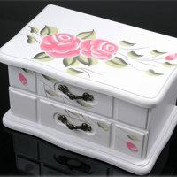 1 Stück  bezaubernder Schmuckkasten aus Holz rosa Blumen