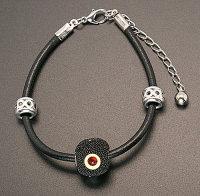 Exclusive echt Leder Armbänder mit Perlen