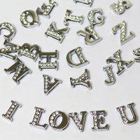 26 teiliges Buchstaben-Set Charms - Buchstaben für Armbänder
