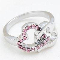 Ring silberfarben mit zwei ineinander verschlungen Herzen