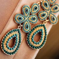 12x Ohrhängerpaar Goldfarben mit mehrteiligem Anhänger türkis