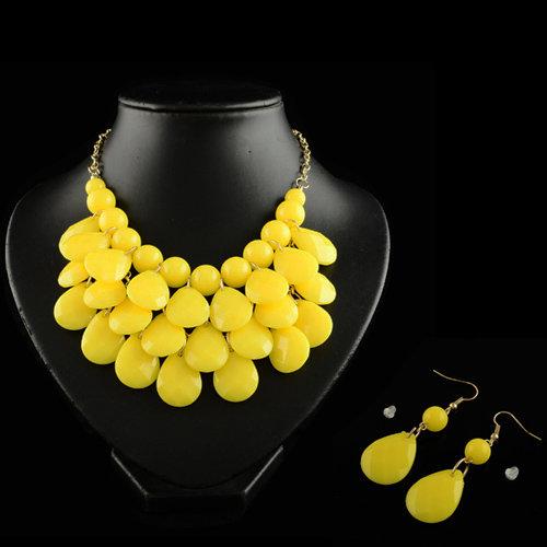 4 x 3 teilige moderne Halskette und Ohrring Schmuckset - Gelb